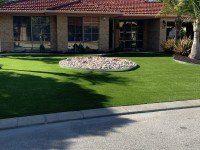 Artificial Turf with Rock Garden Design in Center